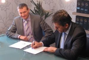 Foto ondertekening convenant HT